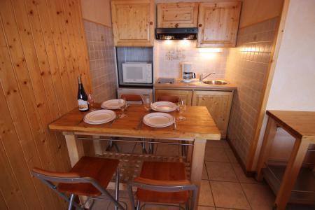 Vacances en montagne Appartement 2 pièces 4 personnes (4) - Résidence Beau Soleil - Val Thorens - Table