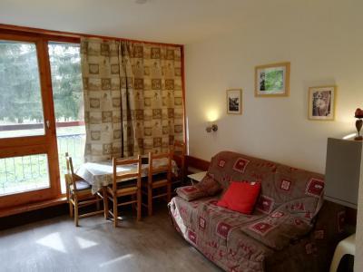 Vacances en montagne Studio coin montagne 4 personnes (534) - Résidence Belles Challes - Les Arcs - Canapé