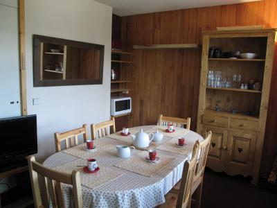 Vacances en montagne Appartement duplex 2 pièces 6 personnes (34) - Résidence Belvédère - La Plagne - Table