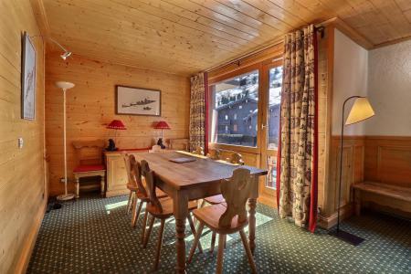 Vacances en montagne Appartement duplex 4 pièces cabine 8 personnes (B21) - Résidence Boulevard - Méribel-Mottaret - Salle à manger