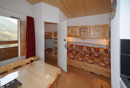 Holiday in mountain resort Studio cabin 4 people (081) - Résidence Carlines II - Les Menuires