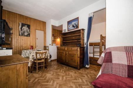 Vacances en montagne Studio 4 personnes - Résidence Carlton - Chamonix - Séjour