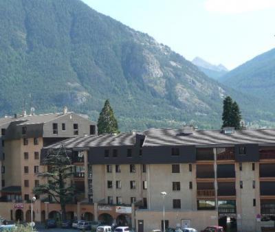 Location au ski Residence Central Parc 2 - Serre Chevalier - Extérieur été