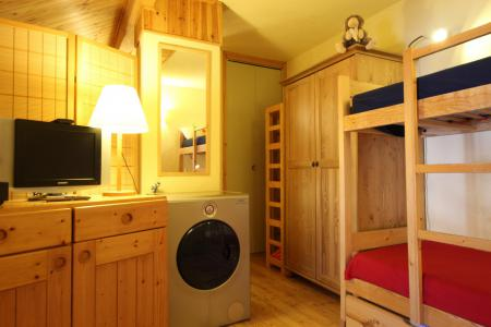 Holiday in mountain resort 2 room apartment 4 people (CST24) - Résidence Central Station - Montgenèvre - Bunk beds