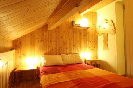 Holiday in mountain resort 2 room apartment 4 people (CST24) - Résidence Central Station - Montgenèvre - Double bed