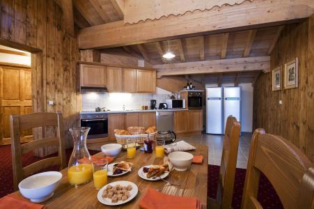 Vacances en montagne Appartement 7 pièces 12-14 personnes - Résidence Chalet le Refuge la Rosière - La Rosière - Salle à manger