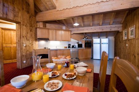 Vacances en montagne Résidence Chalet le Refuge la Rosière - La Rosière - Salle à manger
