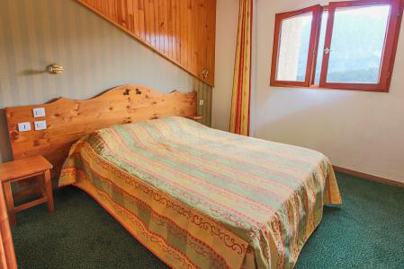 Holiday in mountain resort Résidence Chalets Margot - Superdévoluy - Double bed