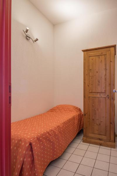 Holiday in mountain resort Résidence Chalets Margot - Superdévoluy - Single bed