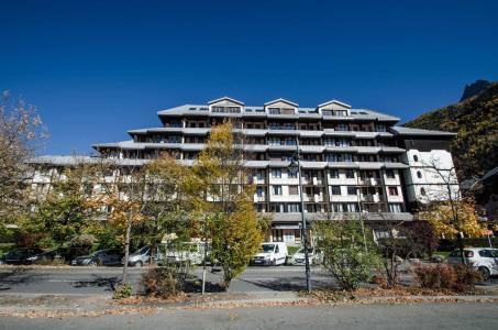 Location au ski Résidence Chamois Blanc - Chamonix - Extérieur été