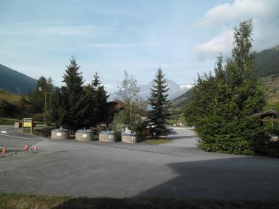 Location au ski Studio coin montagne 4 personnes (123) - Residence Chevallier - Val Cenis - Extérieur été