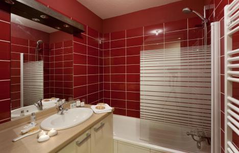 Holiday in mountain resort Résidence Club MMV l'Étoile des Cîmes - Sainte Foy Tarentaise - Bathroom