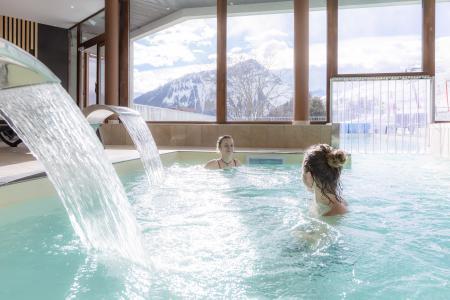 Vacances en montagne Résidence Club MMV l'Etoile des Sybelles - Le Corbier - Piscine