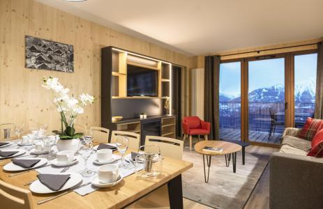 Vacances en montagne Résidence Club MMV l'Etoile des Sybelles - Le Corbier - Porte-fenêtre donnant sur balcon