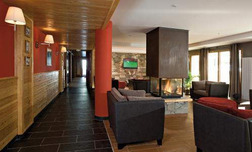 Vacances en montagne Résidence Club MMV le Hameau des Airelles - Montgenèvre - Cheminée