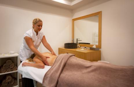 Vacances en montagne Résidence Club MMV le Hameau des Airelles - Montgenèvre - Massage