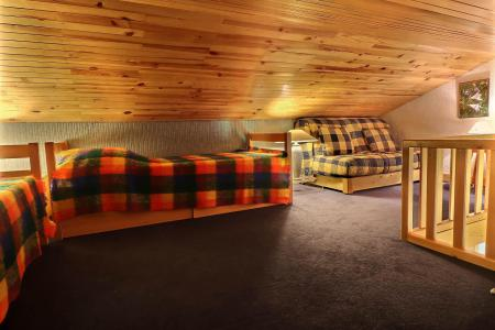 Vacances en montagne Appartement 2 pièces mezzanine 4 personnes (161) - Résidence Creux de l'Ours Bleu - Méribel-Mottaret