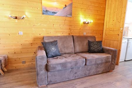 Vacances en montagne Appartement 2 pièces 4 personnes (A16) - Résidence Creux de l'Ours Rouge - Méribel-Mottaret