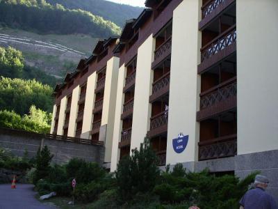 Location au ski Studio coin montagne 4 personnes (114) - Residence Cybele - Brides Les Bains - Extérieur été