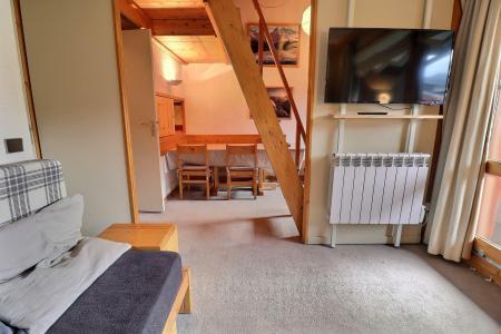 Holiday in mountain resort 2 room mezzanine apartment 5 people (062) - Résidence Dandy - Méribel-Mottaret - Living room