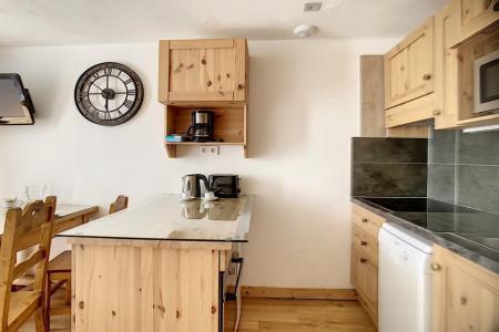 Vacances en montagne Appartement 2 pièces mezzanine 5 personnes (317) - Résidence de Caron - Les Menuires