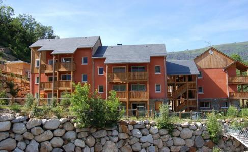 Location au ski Résidence Domaine de la Vallée d'Ax - Ax-Les-Thermes - Extérieur été