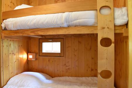 Holiday in mountain resort Studio sleeping corner 4 people - Résidence Eperonnelles - Méribel - Sofa-bed