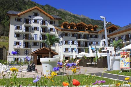 Location Chamonix : Résidence et Spa Vallorcine Mont Blanc été