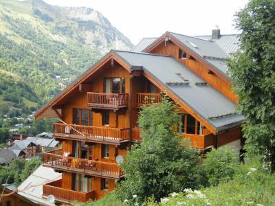 Rent in ski resort Résidence Gentiane Hameau de la Vallée d'Or - Valloire - Summer outside