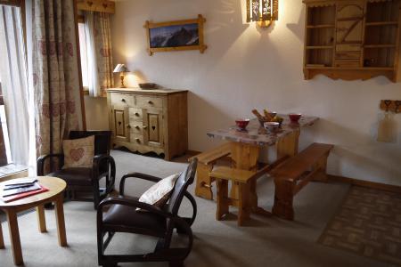Vacances en montagne Appartement 2 pièces 6 personnes (A02) - Résidence Grand Dou - Méribel-Mottaret