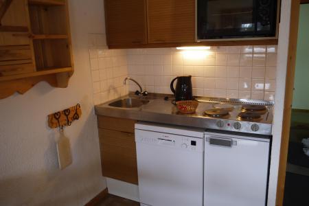 Vacances en montagne Appartement 2 pièces 6 personnes (A02) - Résidence Grand Dou - Méribel-Mottaret - Kitchenette
