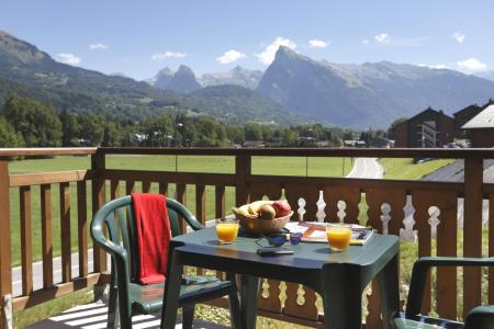 Holiday in mountain resort Résidence Grand Massif - Morillon - Summer outside