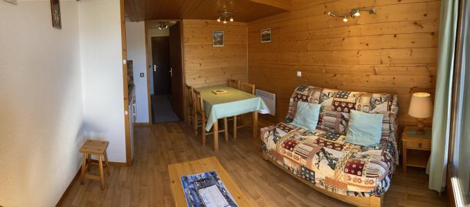 Vacanze in montagna Studio con alcova per 4 persone (2211) - Résidence Grand Mont 2 - Les Saisies - Soggiorno