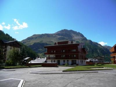 Location au ski Studio 2 personnes (043) - Residence Hameaux De Val - Val d'Isère - Extérieur été
