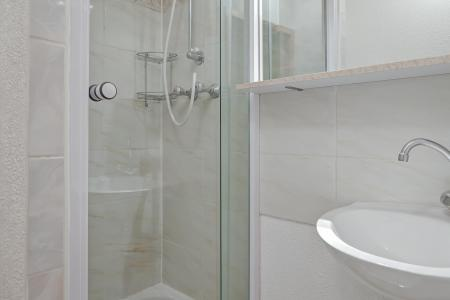 Vacances en montagne Appartement duplex 3 pièces 10 personnes (210) - Résidence Kalinka - La Tania - Douche