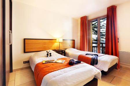 Holiday in mountain resort Résidence l'Adret - Serre Chevalier - Single bed