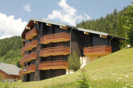 Location au ski Résidence l'Alpage - Châtel - Extérieur été