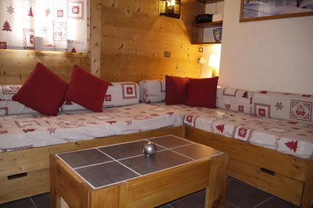 Vacances en montagne Studio 4 personnes (09) - Résidence l'Arc en Ciel - Méribel-Mottaret - Table