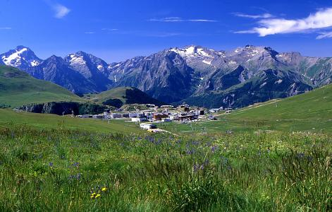 Location au ski Résidence l'Ecrin d'Huez - Alpe d'Huez - Extérieur été
