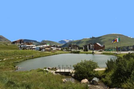 Vacances en montagne Résidence l'Ecrin d'Huez - Alpe d'Huez - Extérieur été