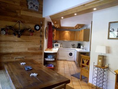 Vacances en montagne Appartement 6 pièces 10 personnes (15C) - Résidence l'Olympie I - Méribel-Mottaret - Table
