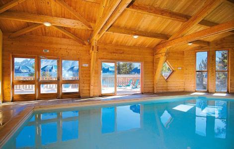 Vacances en montagne Résidence l'Orée des Pistes - Superdévoluy - Piscine