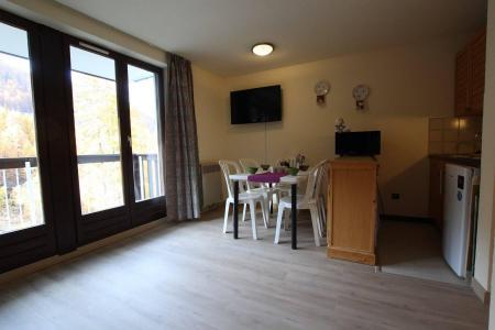 Vacances en montagne Appartement 2 pièces 5 personnes (311) - Résidence l'Orée du Bois - Puy-Saint-Vincent - Logement