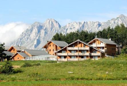 Location au ski Residence La Crete Du Berger - La Joue du Loup - Extérieur été