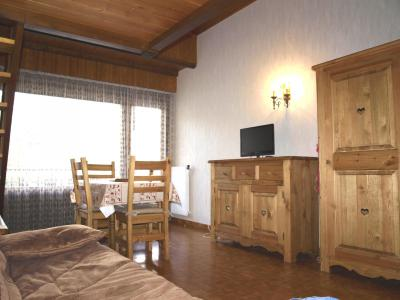 Holiday in mountain resort Studio mezzanine 4 people (0841) - Résidence la Forclaz - Le Grand Bornand - Living room
