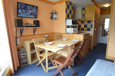 Vacances en montagne Studio 3 personnes (205) - Résidence la Grande Masse - Les Menuires - Salle à manger
