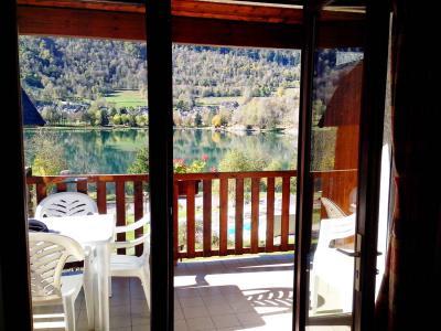 Vacances en montagne Résidence la Soulane - Peyragudes - Porte-fenêtre donnant sur balcon