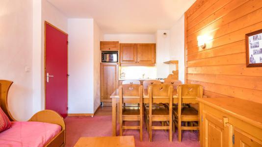 Holiday in mountain resort Résidence la Turra - Valfréjus - Dining area