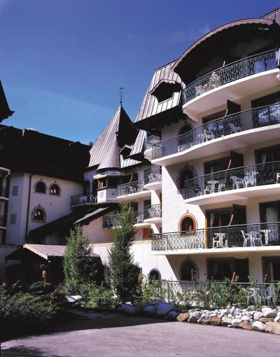 Location au ski Résidence Lagrange le Cristal d'Argentière - Chamonix - Extérieur été