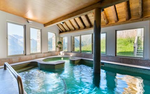 Vacances en montagne Résidence Lagrange les Chalets de l'Adet - Saint Lary Soulan - Piscine